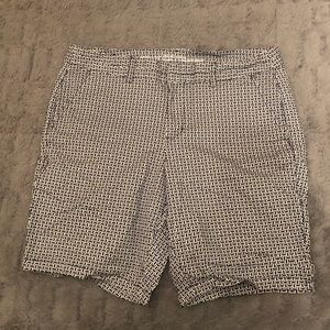 3 for $40! Khakis by Gap City 9 in Bermuda Size 12